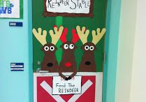 Christmas Door Decorations / by Melissa Mix
