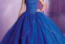 vestidos xv años azul rey