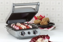 Cuisinart 5 in 1 griddler & recipes / One of our wedding presents! / by Shawna Renee Cooper