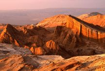 Cono Sur / El Cono Sur engloba una de las sinergias naturales más espectaculares del mundo. Cuenta con el increible desierto de Atacama, el accidente geográfico más árido del planeta. A su vez destaca por la imponente cordillera de los Andes, la segunda más alta del globo.