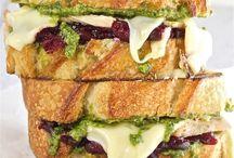 Sandwiches/Wraps/Burgers/Salads