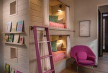 室内 / 内装で参考になりそうなもの。自分の部屋とか、店舗とかディスプレイとか現実的なもの。家具とかも含む。