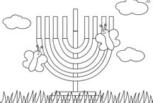Hanukkah Printables / Hanukkah Printables Games and Coloring Pages crafted by AppSameach.com