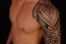 Tato Maori di lengan