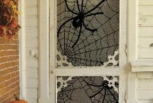 Halloween: Outdoor Decor / by Whitney Eide