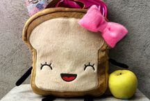 Mrs. Little Bread Slice Lunchbox / The perfect Lunchbox for your kids!