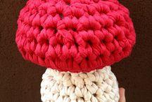 crochet-knit XXL
