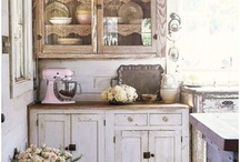 Rustic Vintage Kitchen / Rustic interiors, country farmhouse, vintage kitchen decor / by Ruby Lane Vintage