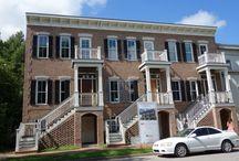 Grace Estate / Elegant, Modern Town-Home in the Heart of Downtown Savannah, GA!
