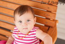 Baby photo ideas. / by Meika Hoskinson