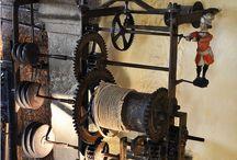 antiquité tourne broche mural cheminée