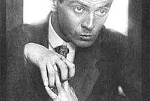 Egon Leon Adolf Schiele / Egon Leon Adolf Schiele, meglio conosciuto come Egon Schiele (Tulln, 12 giugno 1890 – Vienna, 31 ottobre 1918), pittore e incisore austriaco.