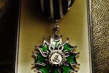 Insigne de chevalier de l'ordre des Arts et des Lettres