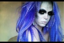 Halloween Makeup / Gorgeous or scary, the right makeup completes your costume!