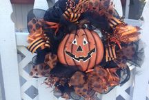 Halloween Wreath's. / Now taking orders for Halloween Wreath's! $60.00 (Shipping is $15.00)
