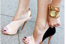 Ineedalloftheseshoes