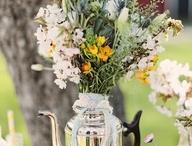 SPRING FLOWERS / by Patrícia Azevedo