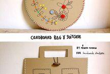 Cartón - Cardboard.