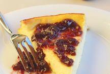 Torta ricotta e marmellata di ciliegie
