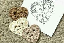 Corações em crochet