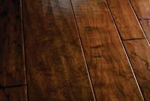 Hand Scraped & Reclaimed Wood Flooring / Hand scraped or Reclaimed  wood flooring gives  a room a warm look and cozy atmosphere, with variations in patterns from plank to plank.