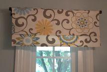 Curtains/valance