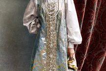Русский народный костюм / Кокошник, сарафан