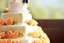 Herzform Torten für Hochzeit / Sind Sie auf der Suche nach Herzform Torte für Ihre Hochzeit?  Dann sind Sie hier genau richtig!  Auf Moderne Hochzeit finden Sie Anbieter bundesweit für deutsche Hochzeiten im Bereich Herzform Torten.