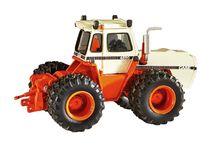 1/64th Case IH Farmall Tractors