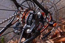 CX bikes / by Arthur Ramos Schaefer