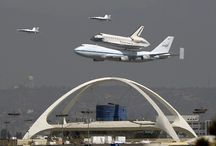 Shuttle Endeavour lands at Los Angeles