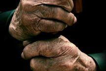 Mãos, pés... Corpo inteiro