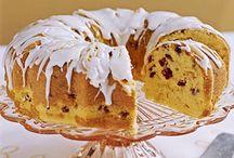 ♥ My Bundt Pan / I love baking cakes in my bundt pan!