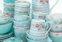 Kauniita astioita