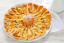 Torte salate e quiche / Aperitivi, antipasti, piatti unici, secondi o contorni? Con torte salate e quiche ci si può sbizzarrire con gli ingredienti preferiti e servire ricette tanto versatili quanto deliziose!