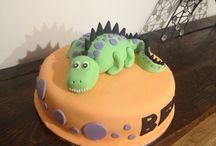 Dinosaur cake / Dinosaur cake make from fondant