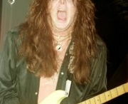 Guitar Faces / My favorite crazy guitar faces. Why is it that playing guitar does this?