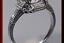 Vintage and Antique Engagement Rings / Stunning Art Deco and Vintage Diamond Engagement Rings