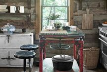 Cabins and Rustic Decor / by CinDee Bedwell
