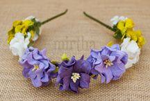 Diademas de flores / Diademas de flores para el pelo hechas a mano con flores de papel o natuales preservadas. Combinan clasicismo y originalidad. Variedad de estilos para todos los eventos