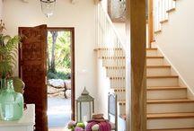 Escadas/hall de entrada