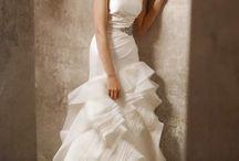 Dream Wedding....don't judge me!! / by Lisette Lerma