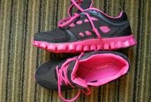 Whoa Look Pink Black Running Shoes / I don't get into shoes.  I know, strange... But I love my new running shoes!  Trying to find a backup pair.