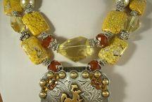 Jewelry Ideas / by Carol Berggren