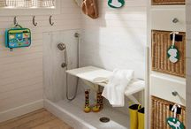 House - Laundry/Mud Room / by Jackie LeClaire