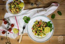 Food photography - Salads / by Veselina Zheleva (Vessy's Day)