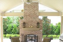 Fireplaces and Firepits / Pictures of custom outdoor fireplaces and firepits in Houston, Texas that Wood Crafters designed and built.