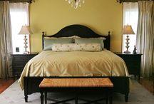 My Bedroom Looks / by Maria Quinones