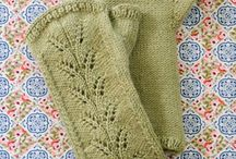Mittens and Gloves Knitting Patterns / Hand warmers to knit in all shapes and styles: Mittens, gloves, fingerless mittens and gloves knitting patterns. / by NobleKnits