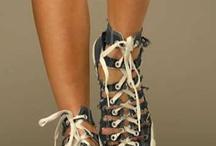 Chaussures..... / by Céline Viallefont-Decreuze